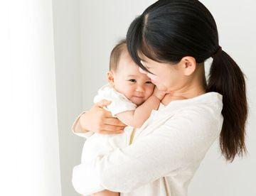 健康的な赤ちゃんとお母さん