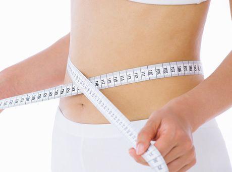 レジスタンスプロテインなどでスリムな体型の女性