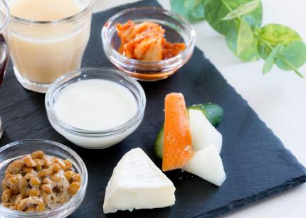 納豆やチーズ、ヨーグルト、キムチなどの発酵食品