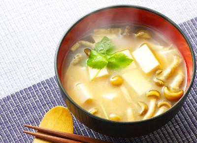 アミノ酸やビタミンB群など栄養価の高いお味噌
