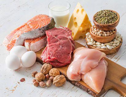 お肉や魚、卵などのたんぱく質豊富な食材