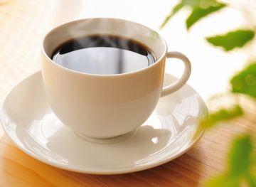 食後の温かいコーヒー