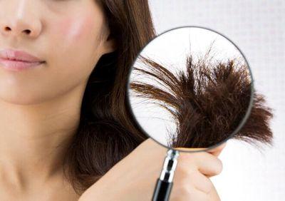 髪のパサツキ、乾燥が気になる女性