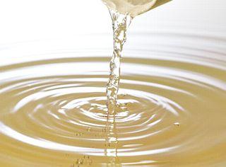 保湿効果の高いホホバ油のイメージ