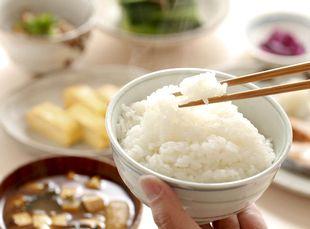 糖質や塩分が多い食事