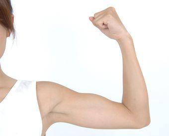 筋肉のついた腕