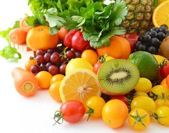 ビタミン、ミネラル豊富な野菜、果物