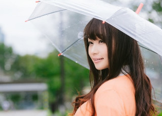 雨の日でも広がらない髪