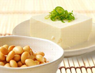 たんぱく質豊富な豆類とお豆腐
