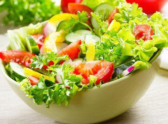 ビタミン、ミネラルたっぷりの野菜サラダ