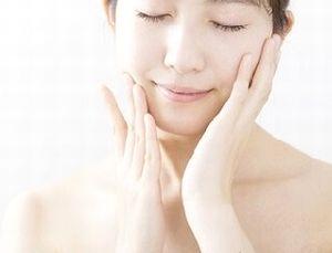 ローズヒップの美肌効果で美しい素肌
