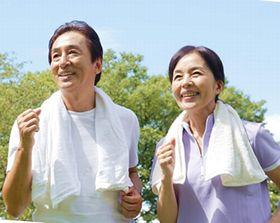 高品質な酵素によりはつらつと活動的な男性と女性