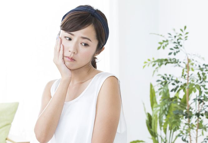 インナードライ肌に悩む女性