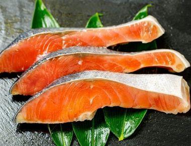 アスタキサンチン豊富な鮭