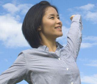 ホルモンバランスが整えられ、生き生きと元気な女性