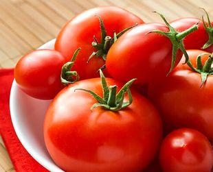 リコピン豊富な赤いトマト