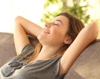 ストレスを解消する女性