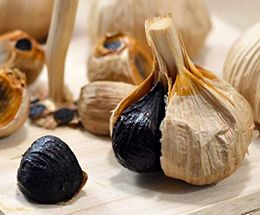 発酵、熟成された黒にんにく